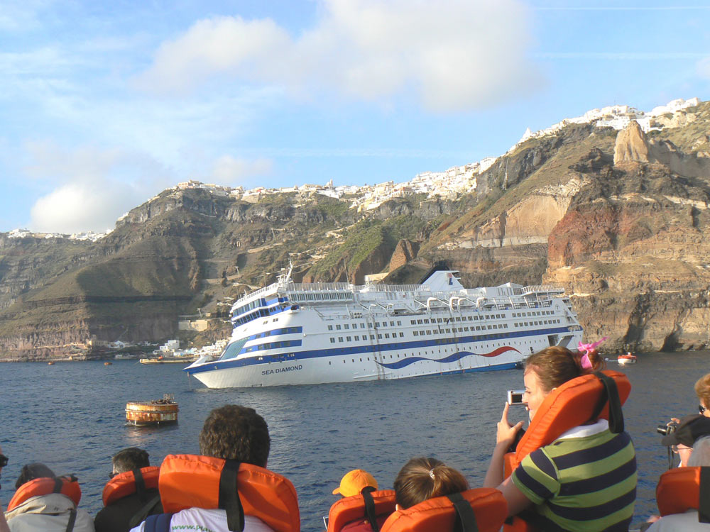 port cruise abc sea diamond the santorini at news ship